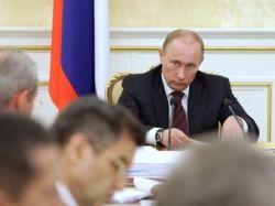 Путин предостерег от прямолинейных решений по социальным выплатам