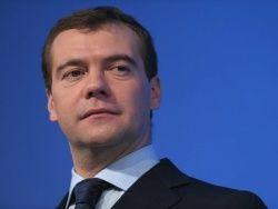 Медведев погасил конфликт между СК и Генпрокуратурой