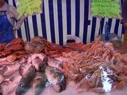 Украина: торговцы морепродуктами обложены данью?