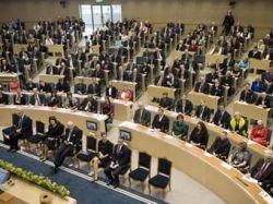 Швеция утвердила отправку истребителей на войну в Ливии