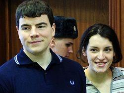 """Суд """"прослушал"""" переговоры Тихонова и Хасис на их квартире"""