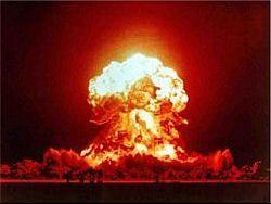 Блогер Артем Драгунов: ядерная катастрофа еще впереди