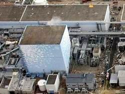 Персонал двух АЭС в Фукусиме эвакуируют
