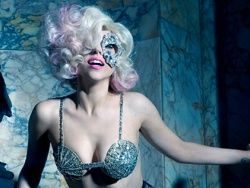Леди Гага работает с продюсером AC/DC