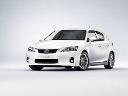 Lexus начал продажи гибрида CT 200h в России