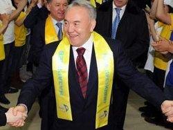 Назарбаева начали называть популярным диктатором