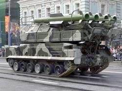 Минобороны заплатит за испорченные танками дороги