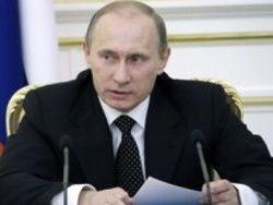 Путин: суета вокруг президентских выборов мешает работе