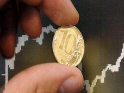 Высокие цены на нефть недолго продержат рубль на плаву