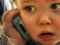 Мобильники все-таки опасны, особенно для детей
