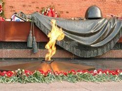 Жириновский призвать убрать все трупы с Красной площади