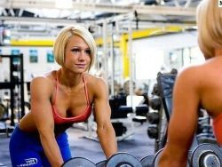 Мужчины выбирают агрессивных и сильных женщин