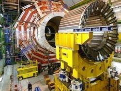 Адронный коллайдер установил рекорд по плотности пучка