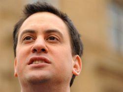 Лидер английской оппозиции удалит гланды