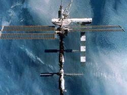 Роскосмос: стыковку частного корабля к МКС не разрешаем