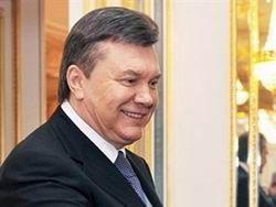 Янукович пустил иностранных военных на Украину
