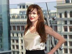 Анджелина Джоли станет лицом Louis Vuitton