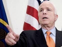 Джон Маккейн призвал мир признать власть ливийских оппозиционеров
