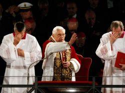 Папа Римский совершил Крестный ход