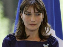СМИ: первая леди Франции Карла Бруни ждет ребенка