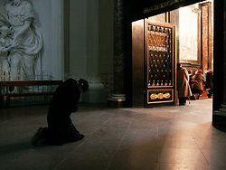Шеф-экзорцист Ватикана: сатана - не метафора