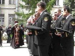 Моряки Севастополя получили Благодатный огонь