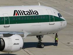 Предотвращена попытка угона самолета Alitalia в Триполи