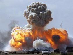 Три ливийских телеканала пропали из эфира после новых авианалетов