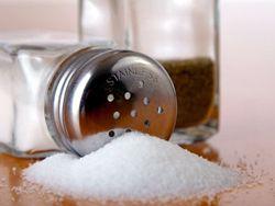 Соль не виновна в развитии болезней сердца