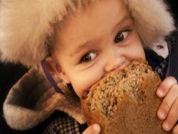 Детей России кормят на 64 рубля в сутки