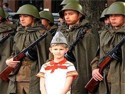 Медведев призвал воспитывать патриотизм
