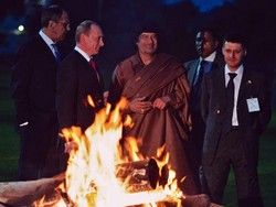 Каддафи указал Медведеву на его место