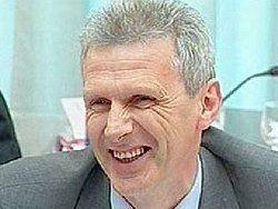 Фурсенко пояснил, что у него нет морального права на увольнение