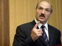Лукашенко о молчаливых митингах: топают и мычат за деньги Запада
