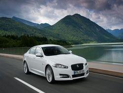 Jaguar начинает выпуск универсала XF