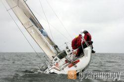 Яхта с туристами опрокинулась под Туапсе