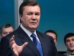 Янукович говорит, что гривне не грозит обвал