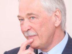 Грызлов: вступающие в ОНФ оппозиционеры должны выйти из партий