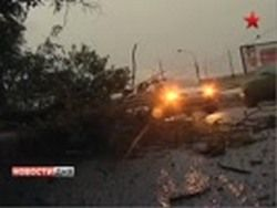В Чувашии ураган оставил без света две  тысячи человек