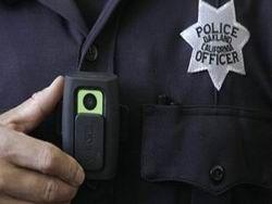 Американских полицейских оснастили видеокамерами