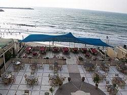 В блокадной Газе открывается шикарный отель
