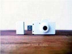 Китай: фотокамера размером с флешку