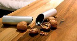Забавные экспонаты музея аппаратов для колки орехов (фото)