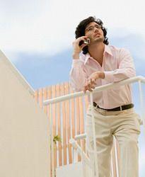 Долгие разговоры по мобильному вредны для здоровья