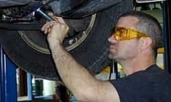 Люксовые седаны провалили тест на стоимость ремонта