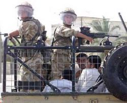 Британские военные страдают от алкоголизма и бессонницы