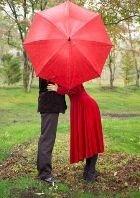 Стыдно ли целоваться в общественных местах?