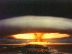 По Каддафи пора ударить атомной бомбой?
