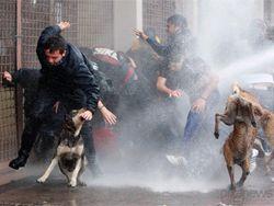 В результате беспорядков в Чили пострадало 40 человек