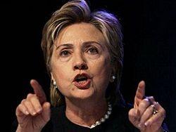 Хилари Клинтон: РФ должна прекратить продажу оружия Сирии